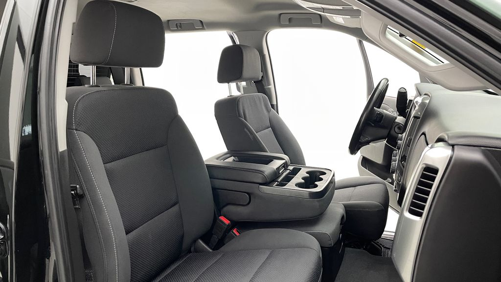Green 2018 Chevrolet Silverado 1500 LT Z71 4WD - Custom Wrap, Crew, 5.3L Right Side Front Seat  Photo in Winnipeg MB
