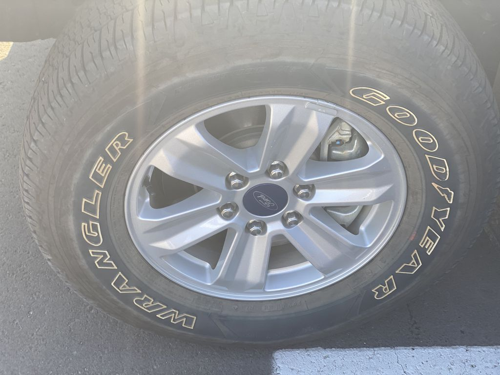SILVER 2020 Ford F-150 XLT Left Front Rim and Tire Photo in Edmonton AB