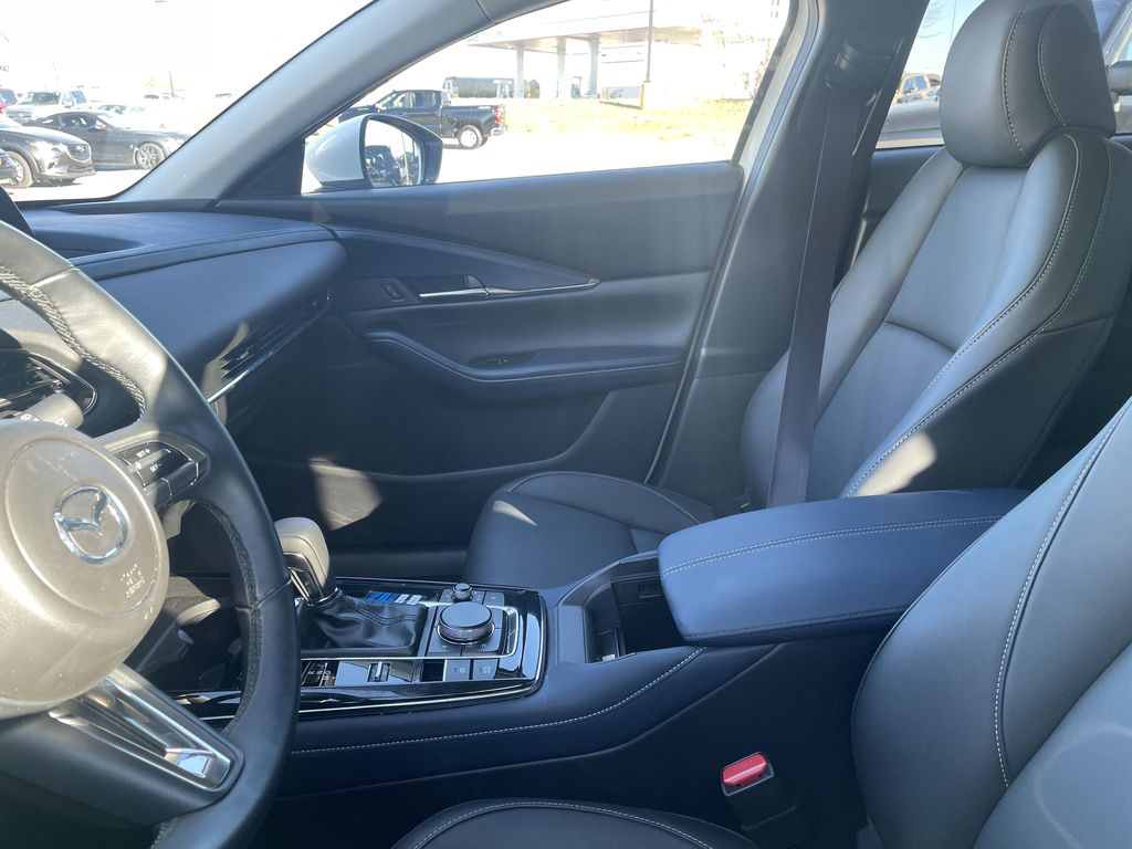 SNOWFLAKE WHITE PEARL 2020 Mazda CX-30 GS-L  Driver's Side Door Controls Photo in Edmonton AB