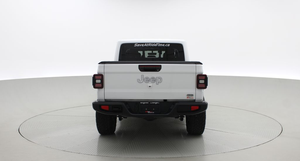 White[Bright White] 2020 Jeep Gladiator Overland 4WD - Navigation, Wheel & Tire Package Rear of Vehicle Photo in Winnipeg MB