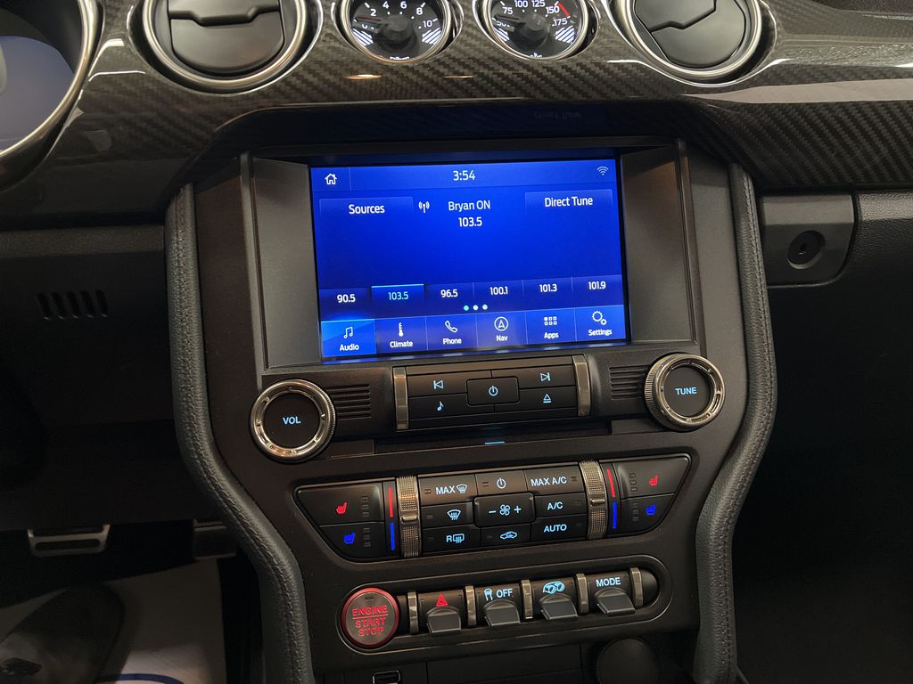 White[Oxford White] 2020 Ford Mustang Central Dash Options Photo in Dartmouth NS