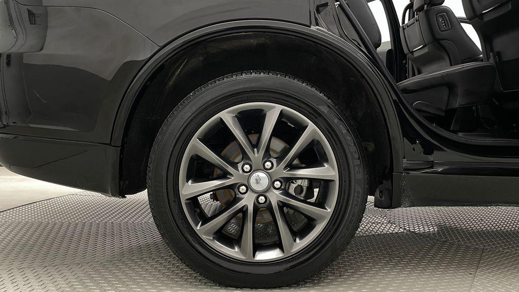 Black[DB Black] 2018 Dodge Durango GT AWD - LOADED, Rear DVD, Sunroof, Navigation Right Rear Rim and Tire Photo in Winnipeg MB