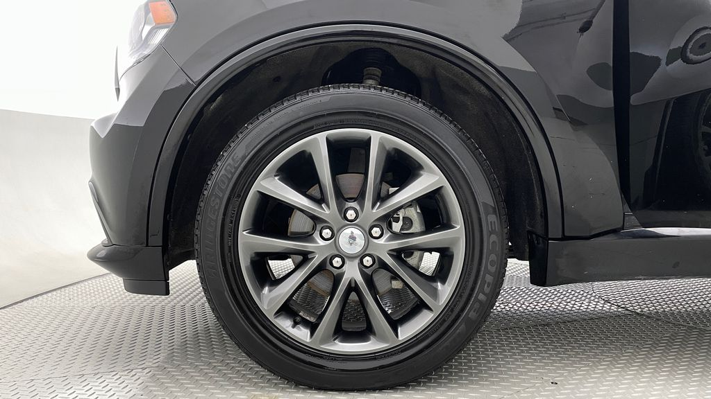 Black[DB Black] 2018 Dodge Durango GT AWD - LOADED, Rear DVD, Sunroof, Navigation Left Front Rim and Tire Photo in Winnipeg MB
