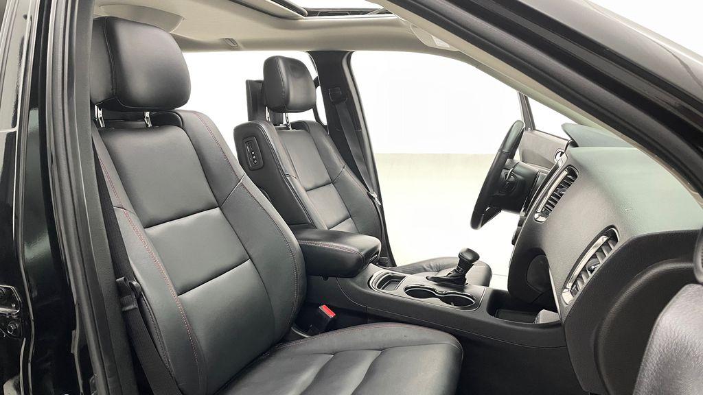 Black[DB Black] 2018 Dodge Durango GT AWD - LOADED, Rear DVD, Sunroof, Navigation Right Side Front Seat  Photo in Winnipeg MB