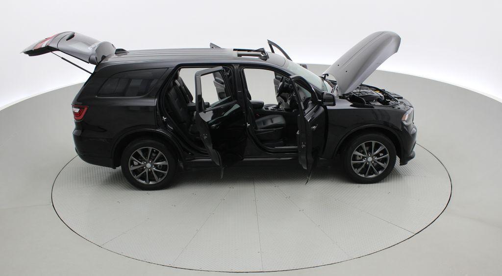 Black[DB Black] 2018 Dodge Durango GT AWD - LOADED, Rear DVD, Sunroof, Navigation Right Side Photo in Winnipeg MB