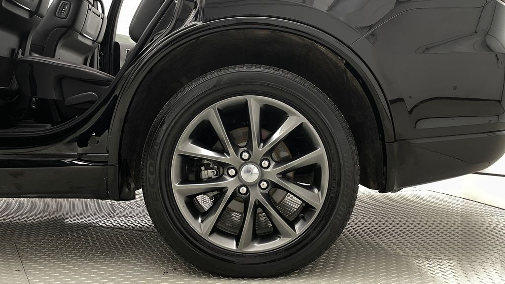 Black[DB Black] 2018 Dodge Durango GT AWD - LOADED, Rear DVD, Sunroof, Navigation Left Rear Rim and Tire Photo in Winnipeg MB