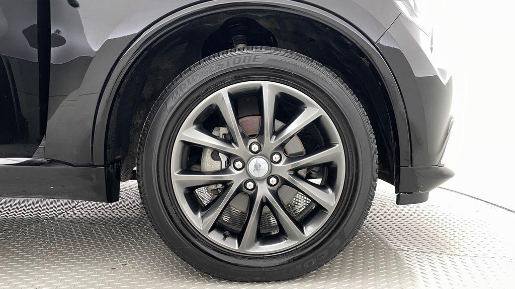 Black[DB Black] 2018 Dodge Durango GT AWD - LOADED, Rear DVD, Sunroof, Navigation Right Front Rim and Tire Photo in Winnipeg MB
