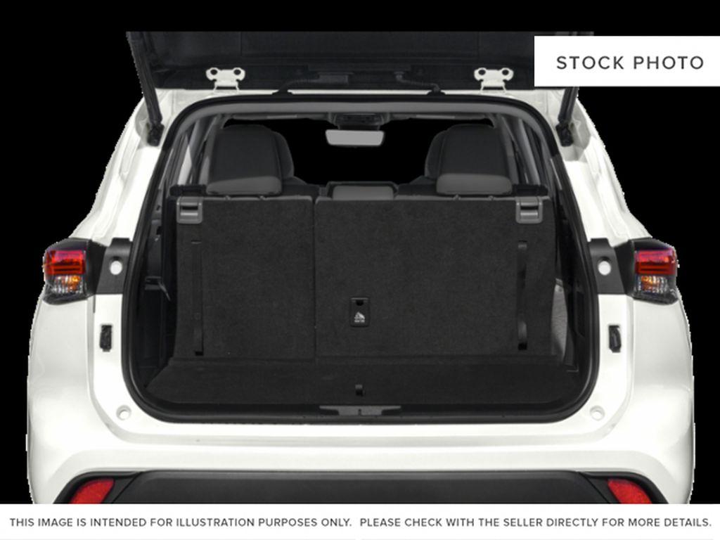 Black[Midnight Black Metallic] 2021 Toyota Highlander Trunk / Cargo Area Photo in Kelowna BC