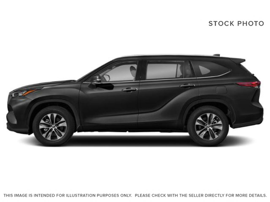Black[Midnight Black Metallic] 2021 Toyota Highlander Left Side Photo in Kelowna BC