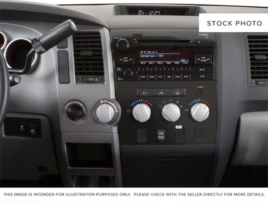 Black[Black] 2012 Toyota Tundra Center Console Photo in Kelowna BC