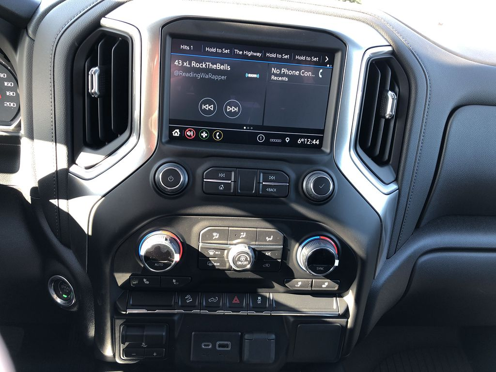 Black[Black] 2021 Chevrolet Silverado 1500 Central Dash Options Photo in Edmonton AB