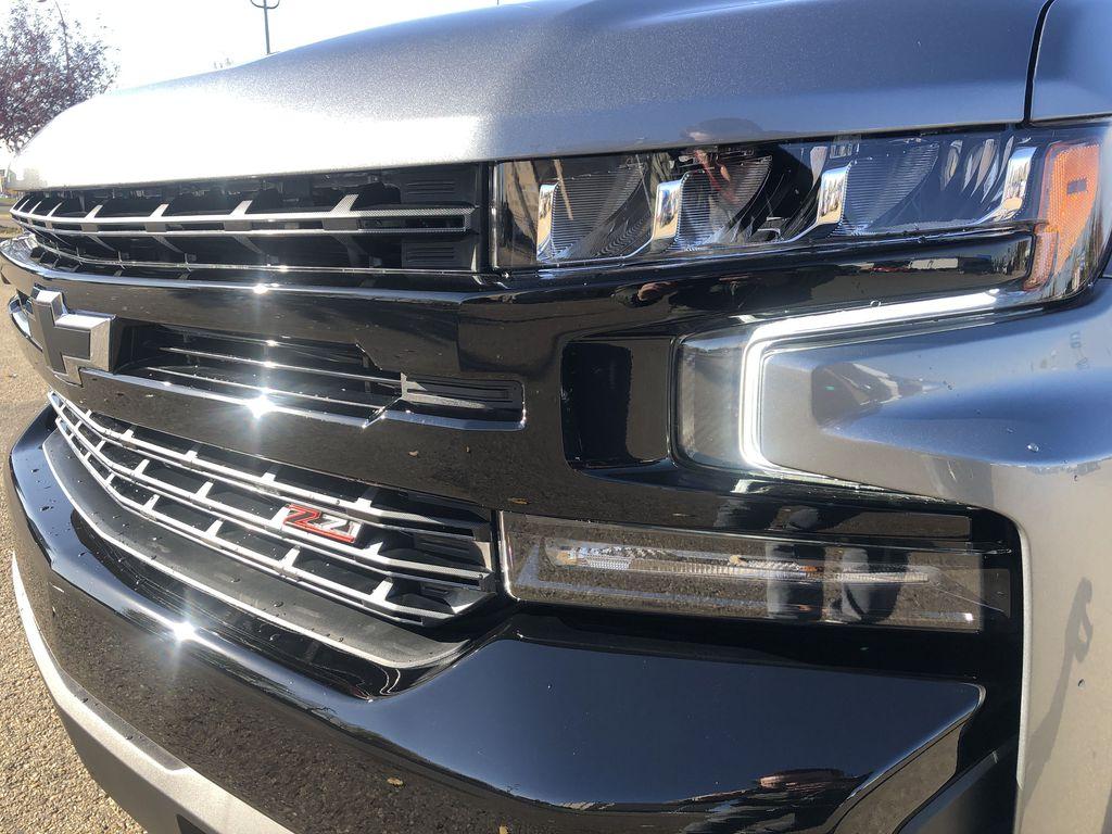 SATIN STEEL GREY METALLIC 2021 Chevrolet Silverado 1500 Left Front Head Light / Bumper and Grill in Edmonton AB
