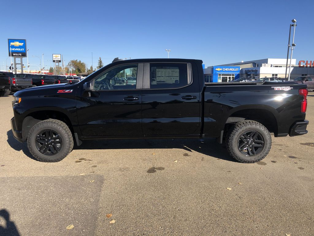 Black[Black] 2021 Chevrolet Silverado 1500 Left Side Photo in Edmonton AB