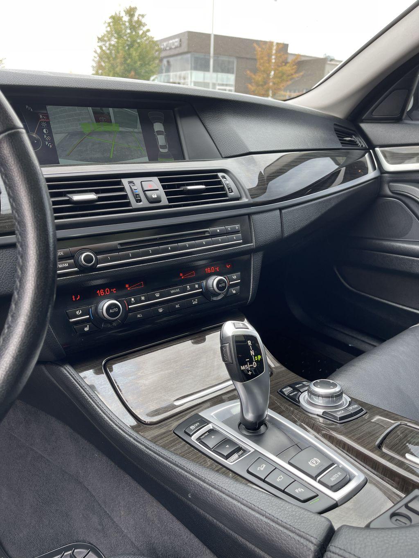 White[Alpine White] 2013 BMW 5 Series Left Rear Corner Photo in Brampton ON