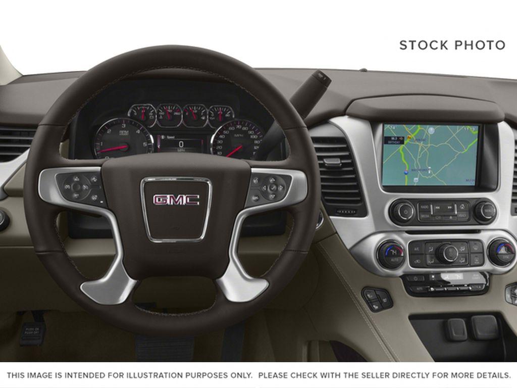 2017 GMC Yukon XL Steering Wheel and Dash Photo in Fort Macleod AB