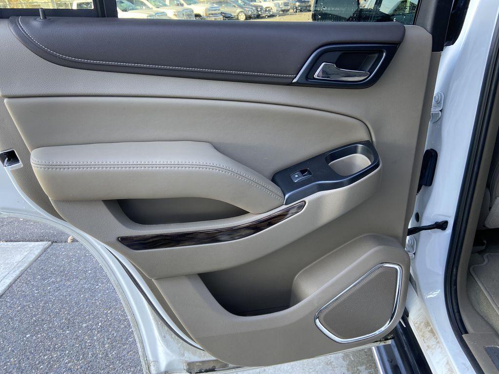 White[Summit White] 2017 GMC Yukon SLT Left Rear Interior Door Panel Photo in Calgary AB