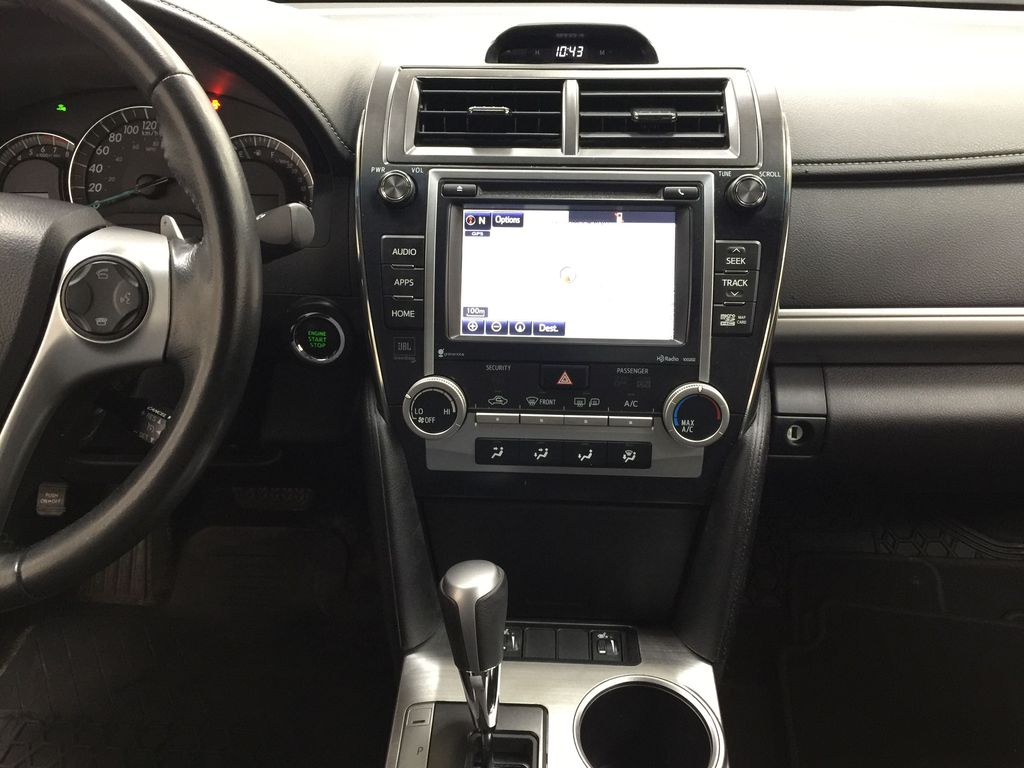 Black[Attitude Black Metallic] 2014 Toyota Camry SE V6 / LOW KMS Central Dash Options Photo in Sherwood Park AB