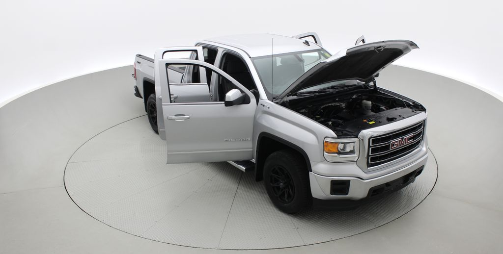 Silver[Quicksilver Metallic] 2014 GMC Sierra 1500 SLE 4WD - Double Cab, V6, Black Alloys Left Front Corner Photo in Winnipeg MB