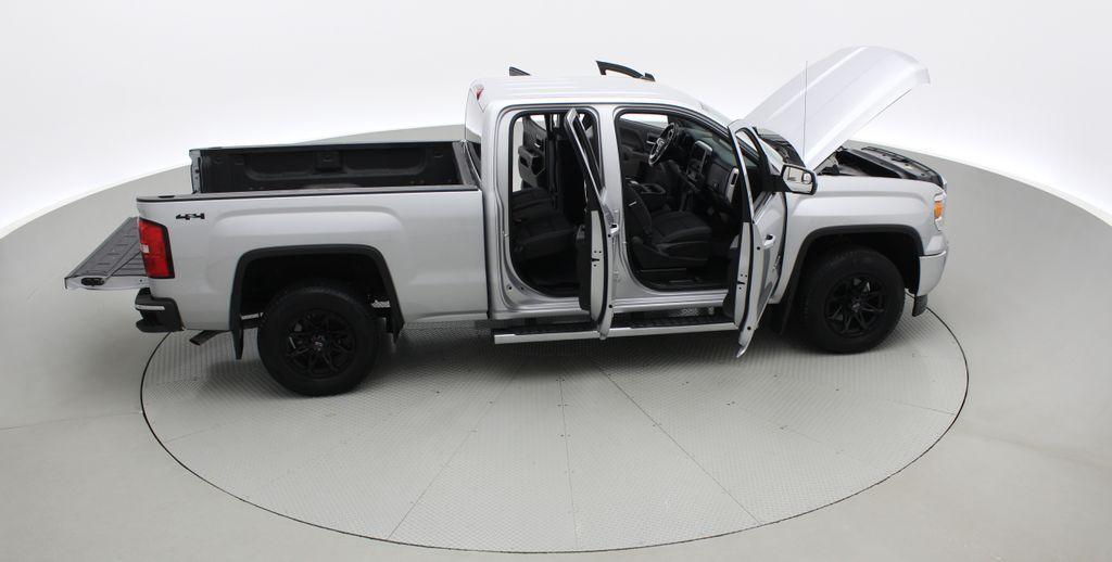 Silver[Quicksilver Metallic] 2014 GMC Sierra 1500 SLE 4WD - Double Cab, V6, Black Alloys Right Side Photo in Winnipeg MB