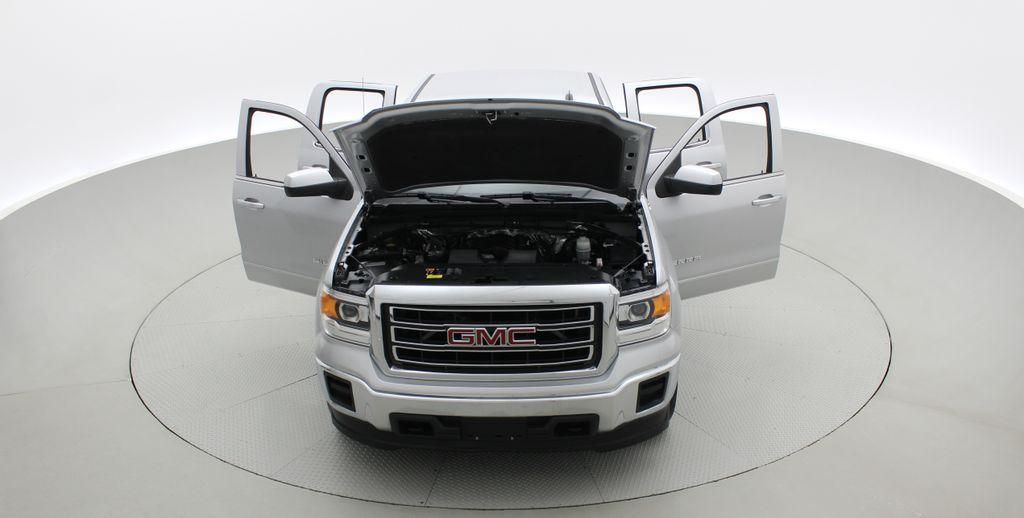 Silver[Quicksilver Metallic] 2014 GMC Sierra 1500 SLE 4WD - Double Cab, V6, Black Alloys Front Vehicle Photo in Winnipeg MB
