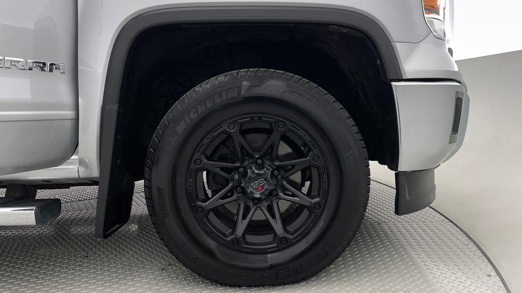 Silver[Quicksilver Metallic] 2014 GMC Sierra 1500 SLE 4WD - Double Cab, V6, Black Alloys Right Front Rim and Tire Photo in Winnipeg MB