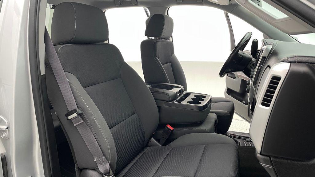 Silver[Quicksilver Metallic] 2014 GMC Sierra 1500 SLE 4WD - Double Cab, V6, Black Alloys Right Side Front Seat  Photo in Winnipeg MB