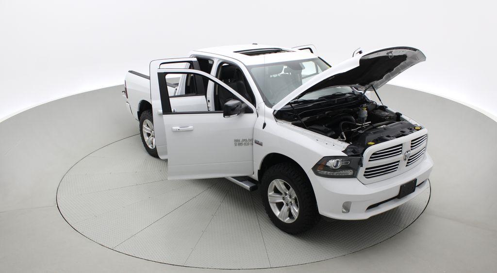 White[Bright White] 2015 Ram 1500 Sport 4WD - Lifted, NAV, Leather, Sunroof Left Front Corner Photo in Winnipeg MB