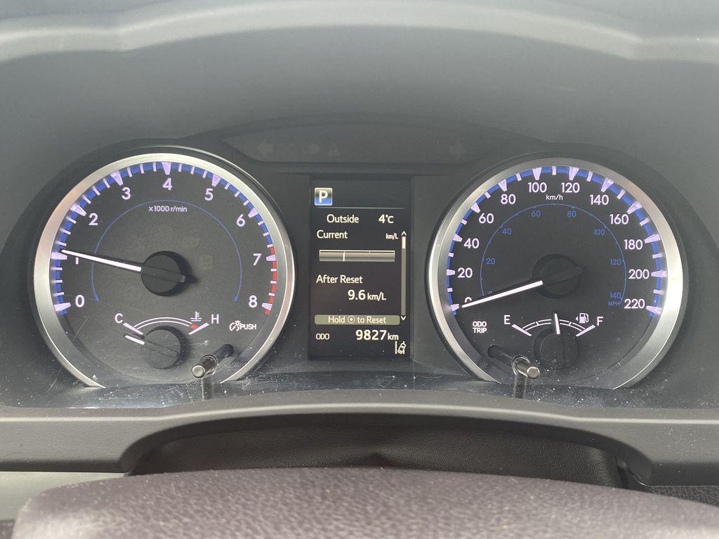 White 2018 Toyota Highlander Odometer Photo in Edmonton AB