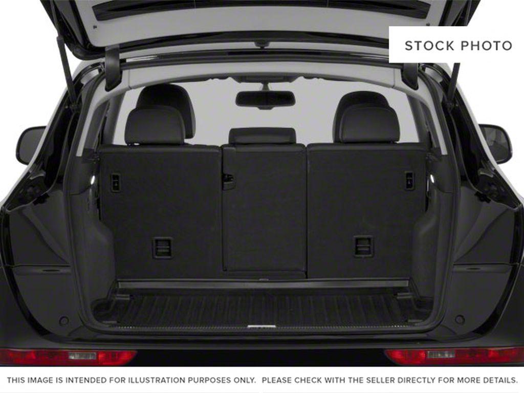 2010 Audi Q5 Trunk / Cargo Area Photo in Edmonton AB