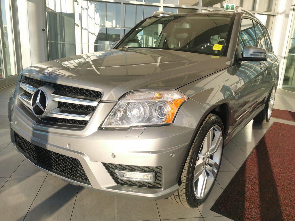 Silver[Palladium Silver Metallic] 2012 Mercedes-Benz GLK-Class Left Front Corner Photo in Edmonton AB