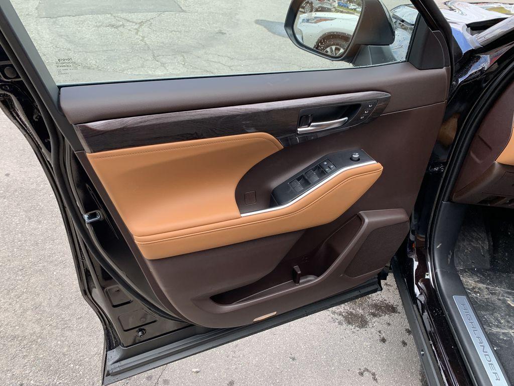 Brown[Opulent Amber] 2021 Toyota Highlander AWD Platinum Package DZRBHT BP Left Rear Interior Door Panel Photo in Brampton ON