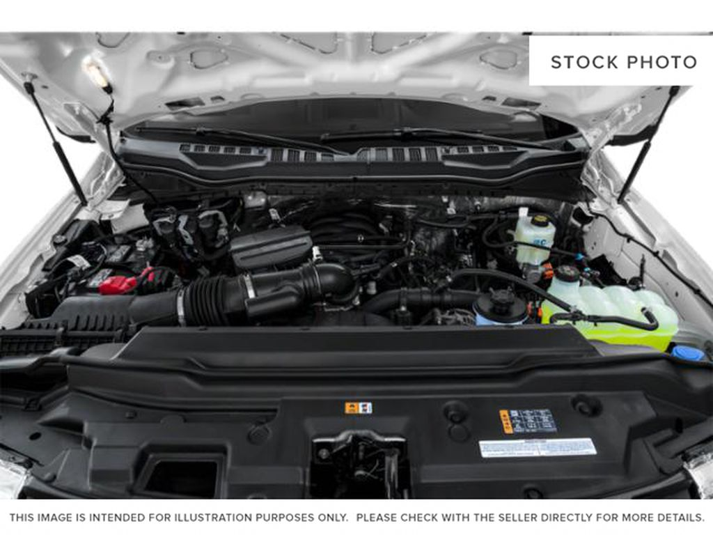 Black[Agate Black Metallic] 2020 Ford Super Duty F-350 SRW Engine Compartment Photo in Fort Macleod AB