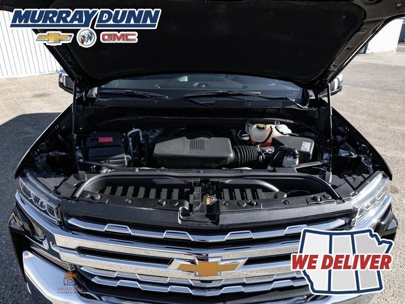 Black[Black] 2021 Chevrolet Silverado 1500 Engine Compartment Photo in Nipawin SK