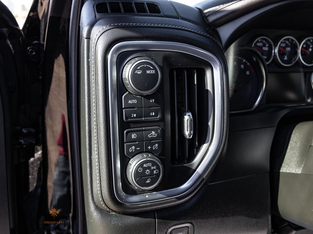 Black[Black] 2021 Chevrolet Silverado 1500 Center Console/Charge Ports in Nipawin SK