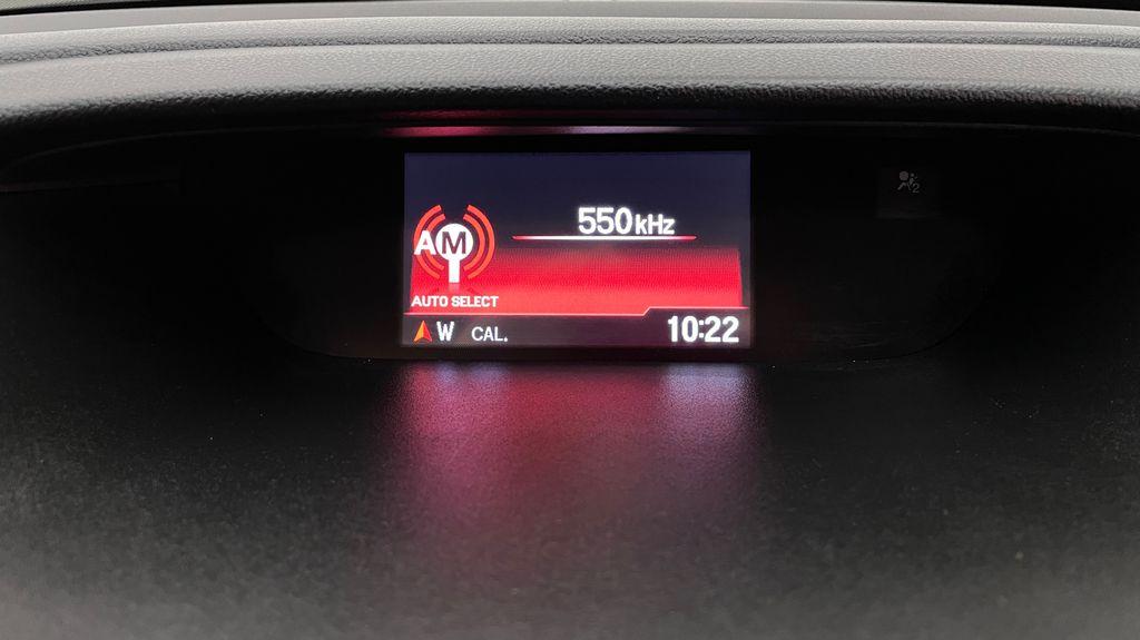 Silver[Alabaster Silver Metallic] 2015 Honda CR-V LX AWD - Backup Camera, Heated Seats Additional Photo 2 in Winnipeg MB