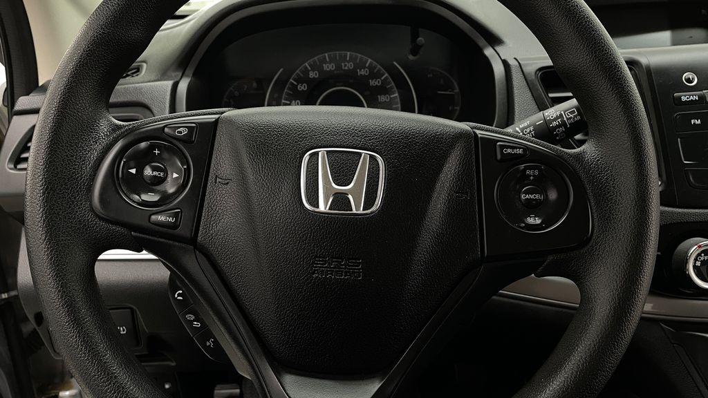 Silver[Alabaster Silver Metallic] 2015 Honda CR-V LX AWD - Backup Camera, Heated Seats Additional Photo 3 in Winnipeg MB