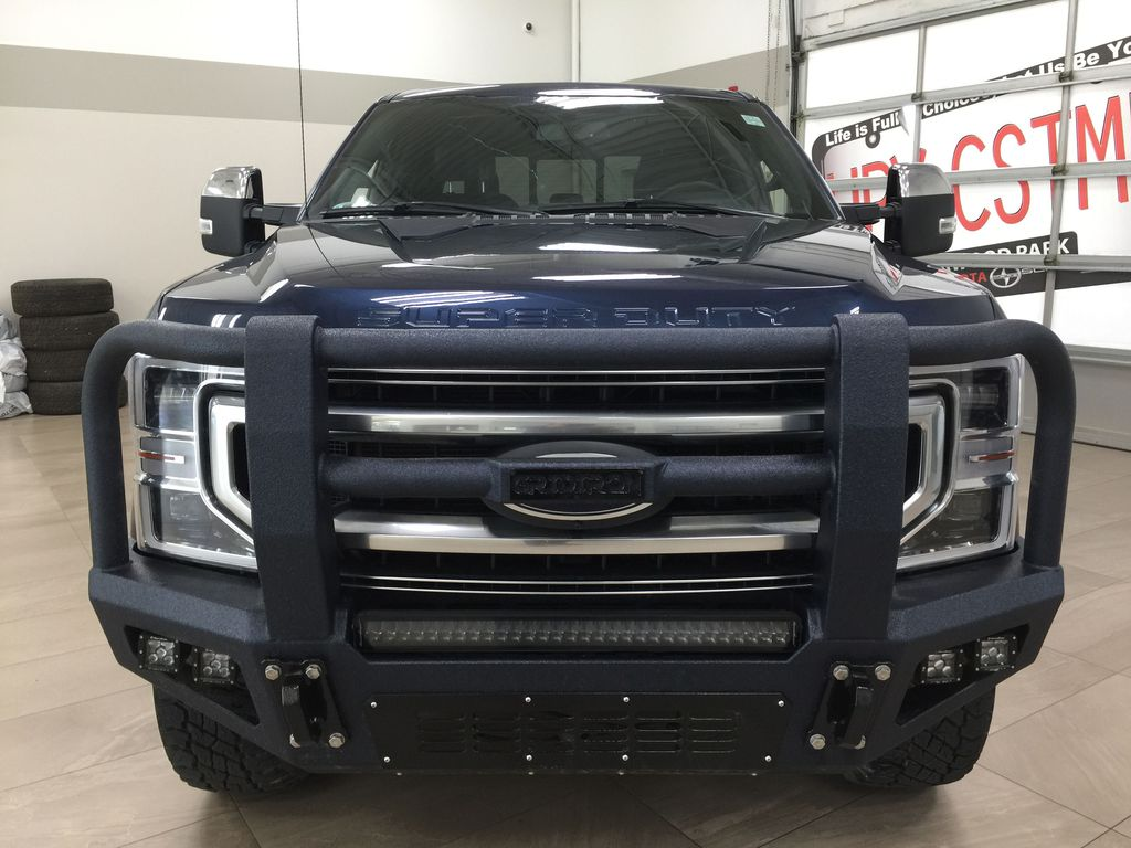 Blue 2020 Ford F-350 Crew Cab / PLATINUM / CREWCAB / 5TH WHEEL PREP PACK Front Vehicle Photo in Sherwood Park AB
