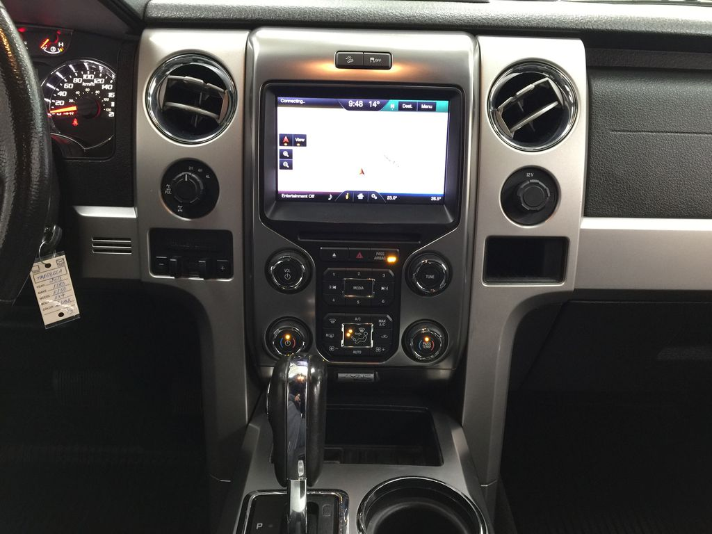 BLACK 2013 Ford F-150 CREWCAB 3.5L ECOBOOST / LEATHER SUNROOF Central Dash Options Photo in Sherwood Park AB