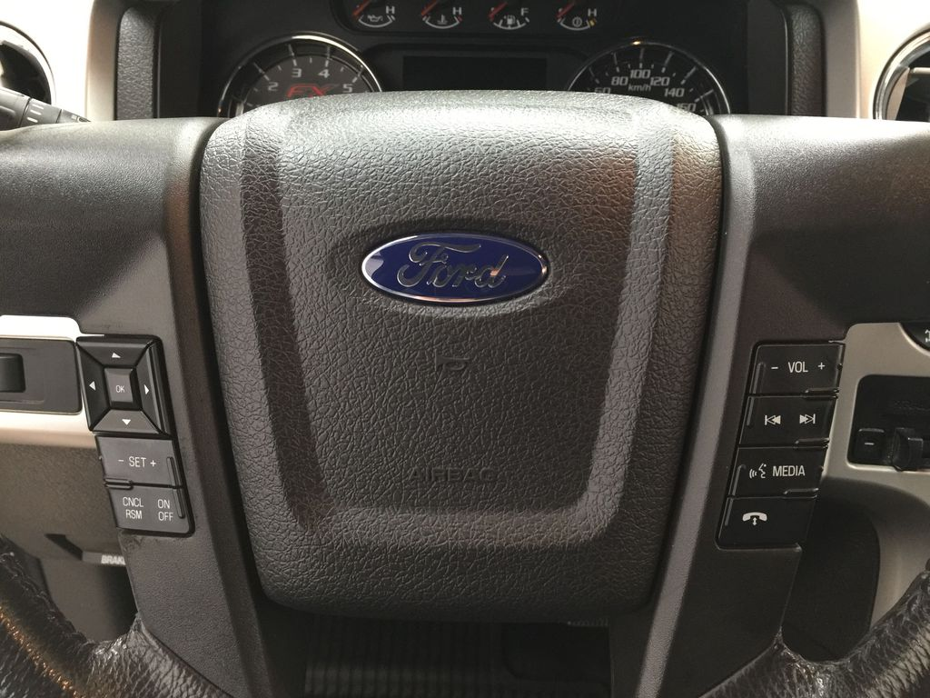 BLACK 2013 Ford F-150 CREWCAB 3.5L ECOBOOST / LEATHER SUNROOF Steering Wheel and Dash Photo in Sherwood Park AB