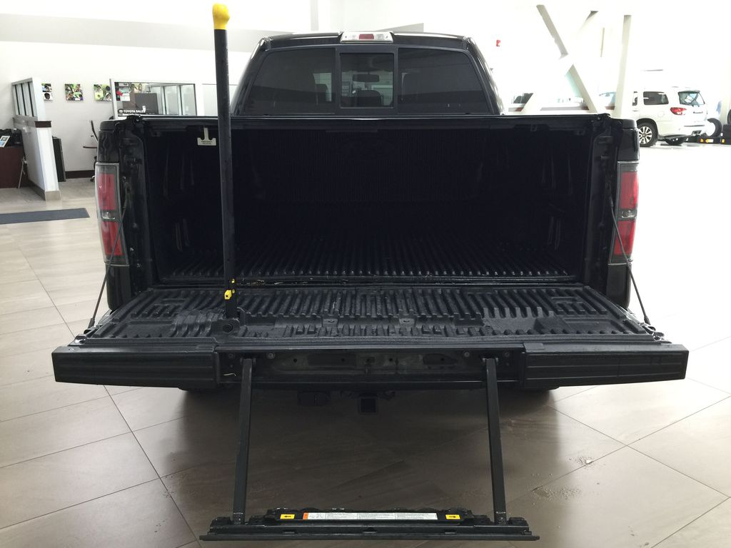 BLACK 2013 Ford F-150 CREWCAB 3.5L ECOBOOST / LEATHER SUNROOF Cargo Area/Rear Seats Photo in Sherwood Park AB