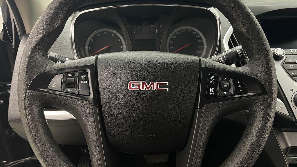 Black[Ebony Twilight Metallic] 2016 GMC Terrain SLE AWD - SUPER LOW KMS, Bluetooth, Backup Cam Additional Photo 3 in Winnipeg MB