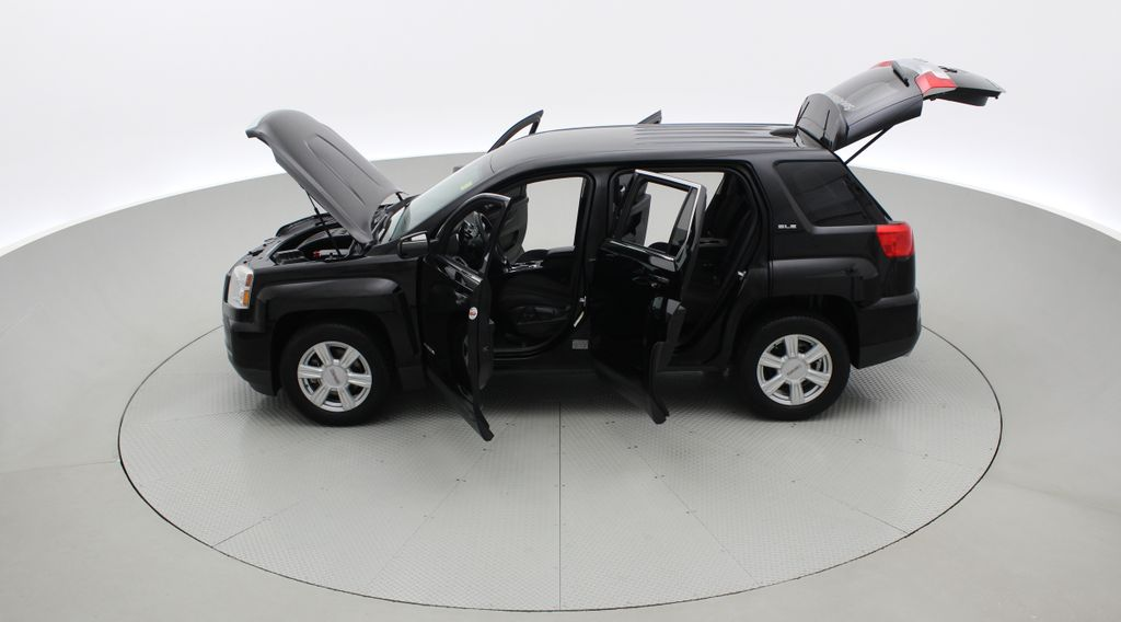 Black[Ebony Twilight Metallic] 2016 GMC Terrain SLE AWD - SUPER LOW KMS, Bluetooth, Backup Cam Left Side Photo in Winnipeg MB