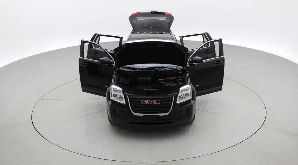 Black[Ebony Twilight Metallic] 2016 GMC Terrain SLE AWD - SUPER LOW KMS, Bluetooth, Backup Cam Front Vehicle Photo in Winnipeg MB