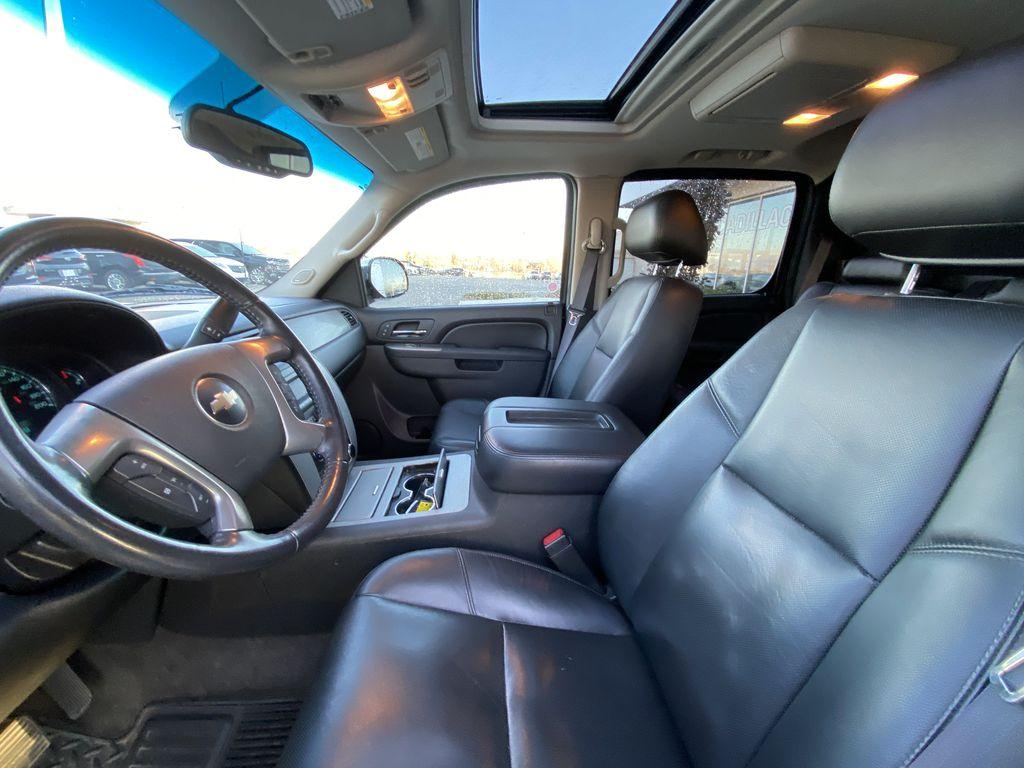Black[Black] 2010 Chevrolet Avalanche LTZ Left Front Interior Photo in Calgary AB