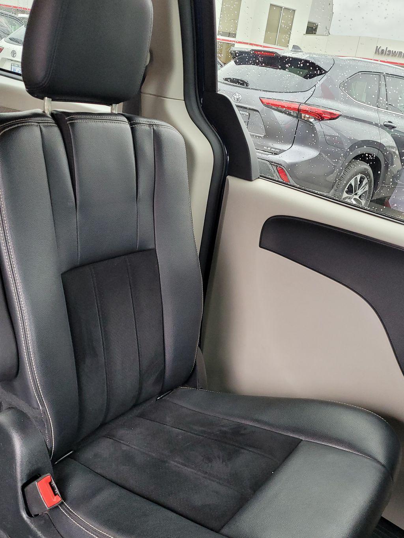 Blue[Jazz Blue Pearl] 2017 Dodge Grand Caravan Left Side Rear Seat  Photo in Kelowna BC