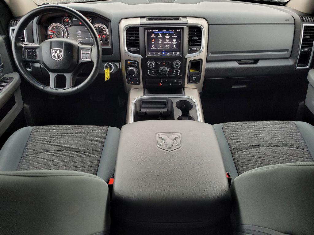 Black[Brilliant Black Crystal Pearl] 2018 Dodge Ram 1500 Bighorn 4WD Main Interior Photo in Kelowna BC
