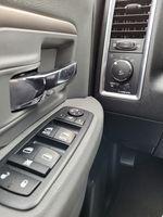 Black[Brilliant Black Crystal Pearl] 2018 Dodge Ram 1500 Bighorn 4WD Additional Photo in Kelowna BC
