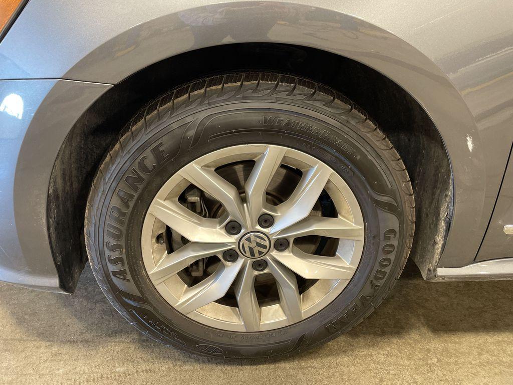 White[Pure White] 2017 Volkswagen Passat  Driver's Side Door Controls Photo in Belleville ON