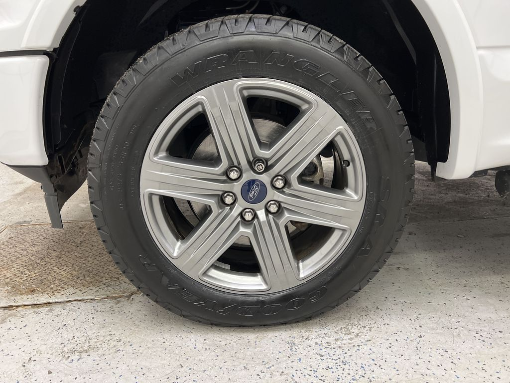 2019 Ford F-150 Left Front Rim and Tire Photo in Dartmouth NS
