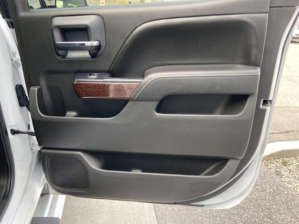 White[Summit White] 2016 GMC Sierra 1500 SLE Right Rear Interior Door Panel Photo in Calgary AB